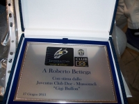 Vedi album Incontro con Roberto Bettega